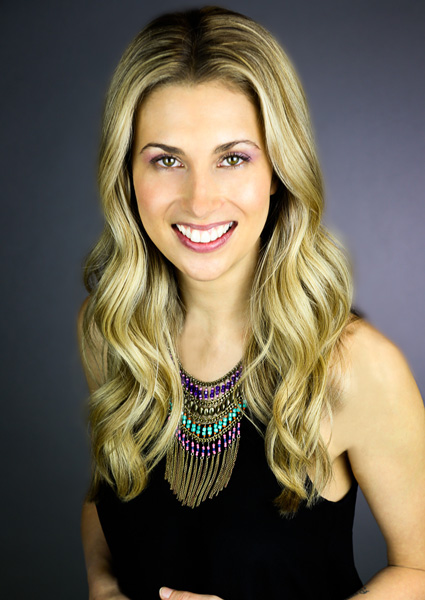Amanda Beisel Founder of SKN clinic headshot